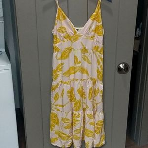 Yellow leafed summer dress